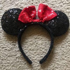 Sequin Minnie Mouse Disneyland Ears